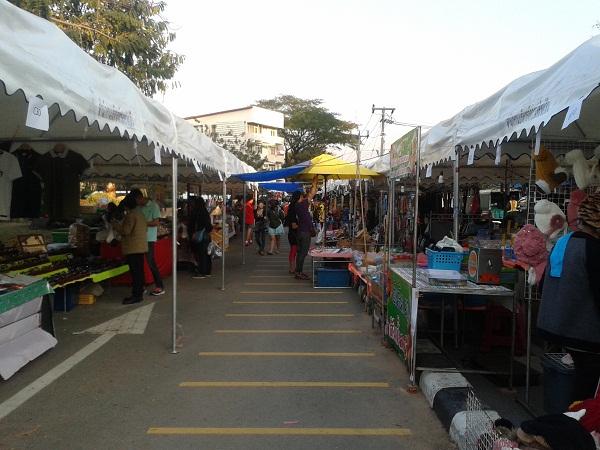 แฟรนไชส์ อาหาร ของกินเล่น รุกขายที่ตลาดนัด ตลาดชุมชน
