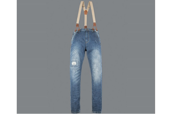 mc-suspender-jeans-1